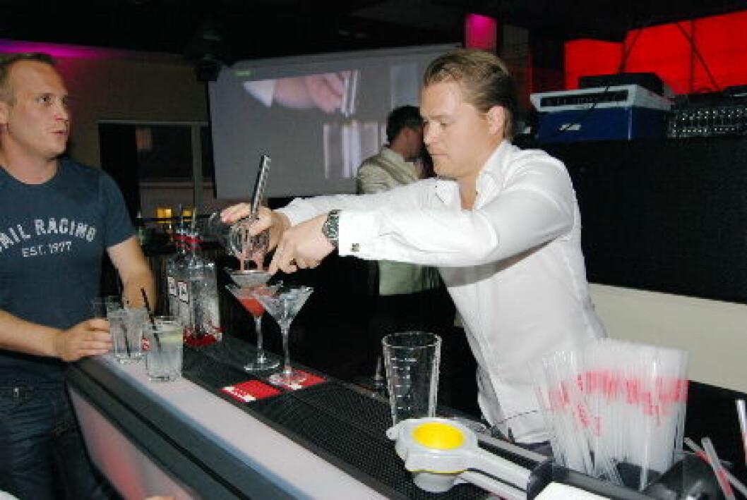 Christoffer Magnusson Bartender