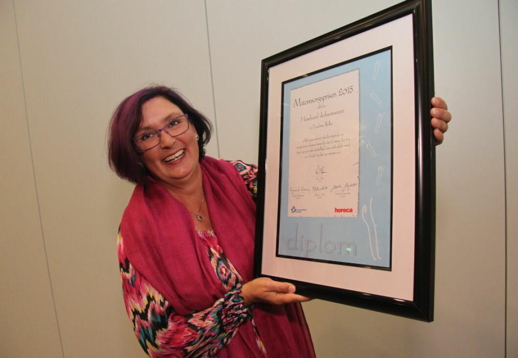 Matomsorgsprisen 2015 er tildelt Hundsund skolerestaurant ved Liselotte Bjelke. (Foto: Morten Holt)