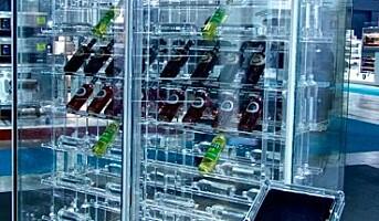 Lanserer rammeløst transparent vinskap