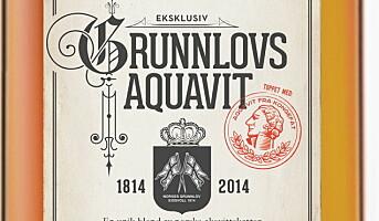 Lanserer GrunnlovsAquavit 1814-2014