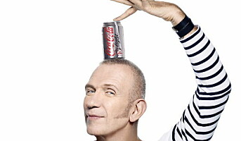 Kjent moteikon samarbeider med Coca-Cola
