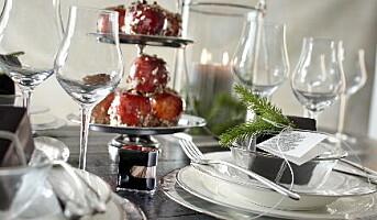 Pent og praktisk til julepyntede bord