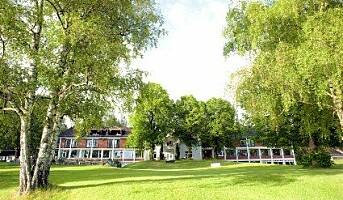 Frøken Norge står brud på Sole Hotel & Herregaard
