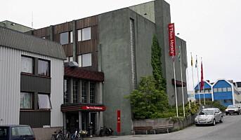Starter riving av Thon Hotel Brønnøysund