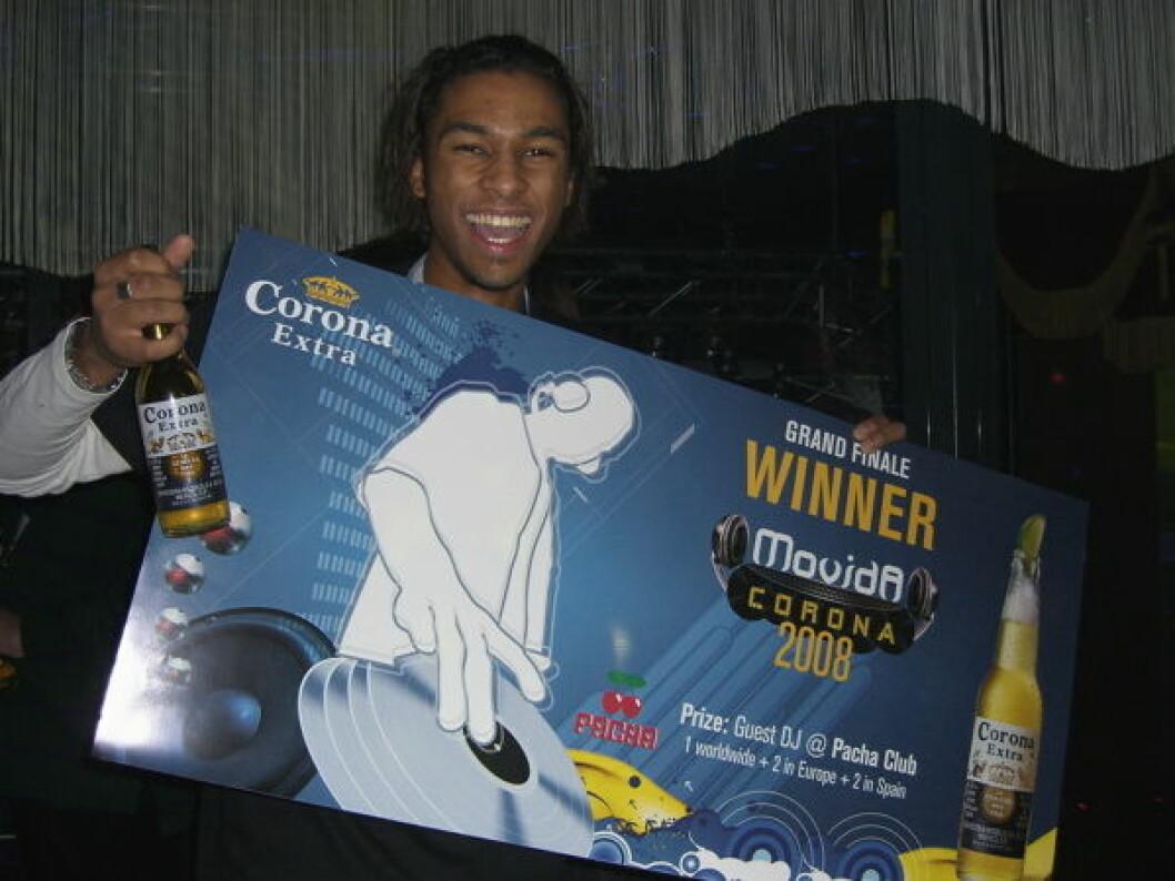 Josef med Corona vinnerbevis nett