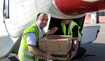Pizzabudet kom i helikopter