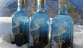 Det Norske Brenneri med to gin-typer