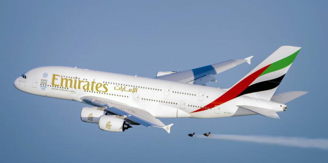 Emirates flystunt5