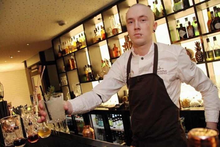 Øyvind Lindgjerdet er barsjef på NordØst Food & Cocktails i Trondheim. (Foto: Morten Holt)