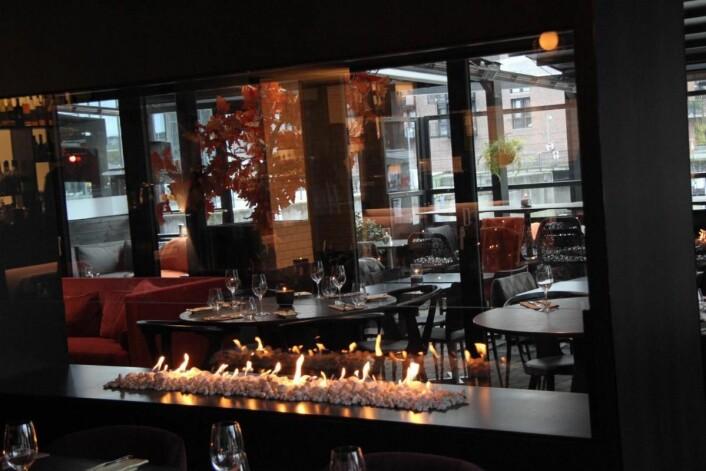 Stemning i restauranten. (Foto: Morten Holt)