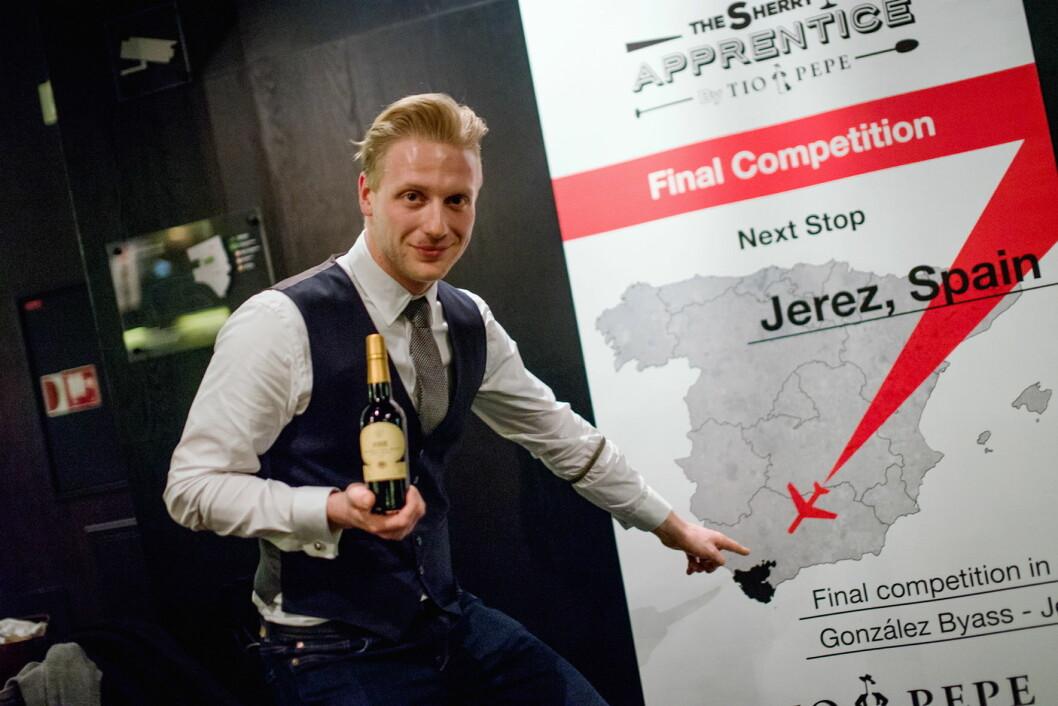 Himkok-bartenderen Maroš Dzurus vant Sherry Apprentice Tio Pepe Sherry på The Thief. (Foto Kyle Meyr)