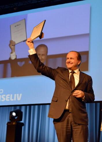 Roar Hildonen er kåret til Årets restauratør. Prisen ble delt ut på Serviceforum i Stavanger i kveld.