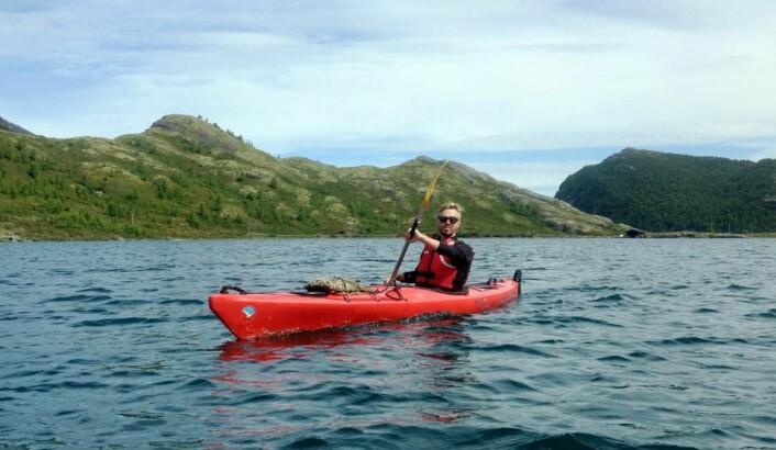 Jotunheimen Fjellstue tilbyr kajakkpadling på det 6,5 kilometer lange Høydalsvatnet.
