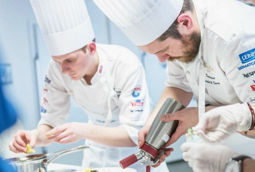 Håvard Werkland og Christopher W. Davidsen i aksjon i treningskjøkkenet denne uka. (Foto: Fredrik Ringe)