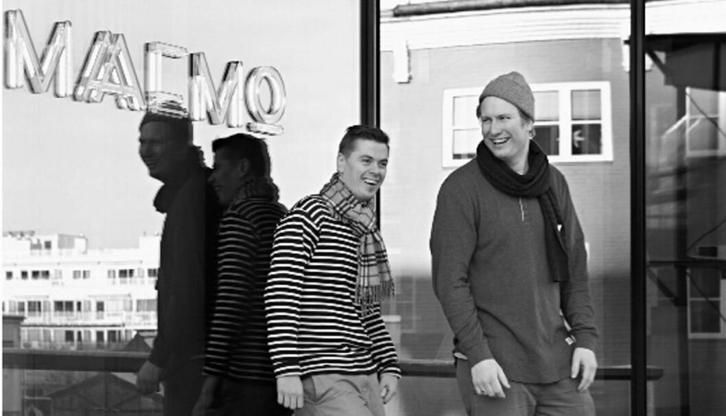 Esben Holmboe Bang og Pontus Dahlström utenfor Maaemo. (Foto: Jimmy Linus, arkiv)