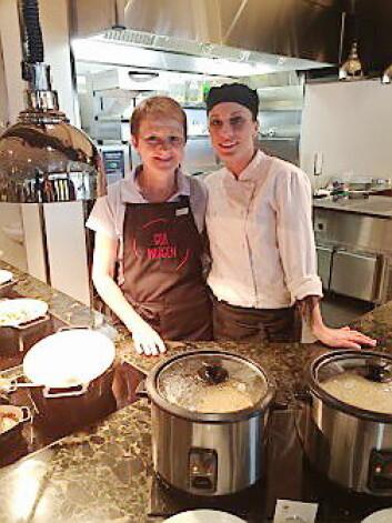 Frokostvertinne Jorunn og frokostkokken Marzena på Scandic Sunnfjord. (Foto: Scandic Hotels)