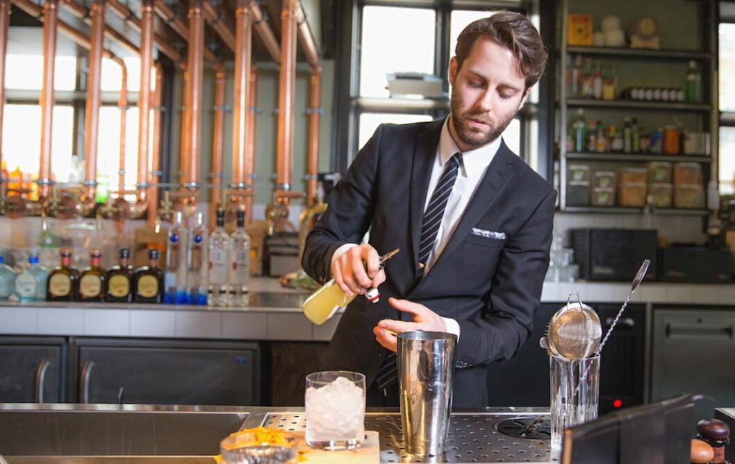 Sondre Kasin er en av to norske finalister i The Journey, Linie Awards nye cocktail-konkurranse. (Foto: Arkiv)