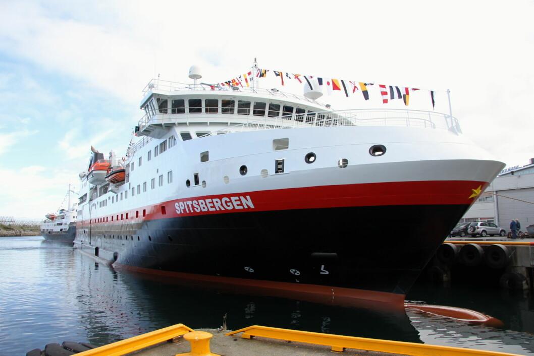 MS Spitsbergen til kai i Svolvær onsdag 29. juni. (Foto: Morten Holt)