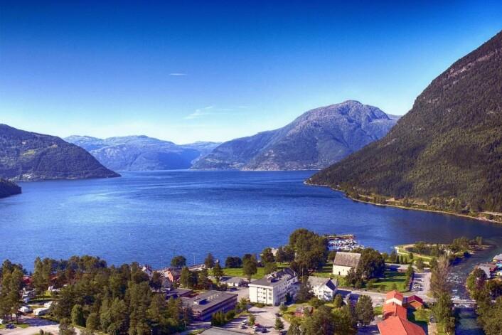 First Hotels etablerer seg i Kinsarvik i Hardanger når Kinsarvik Fjordhotell blir til First Hotel Kinsarvik.