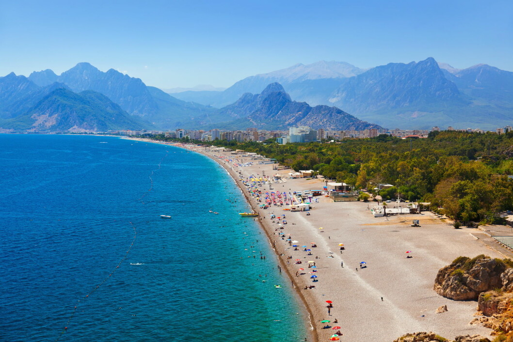 Stranden i Antalya. (Foto: Colourbox.com)