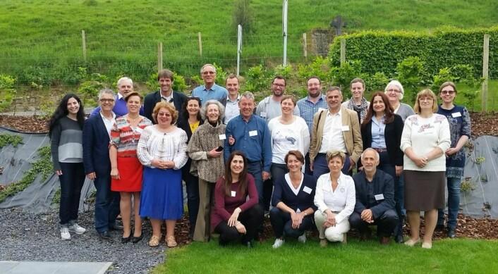 Fra EuroGites-møtet i Belgia tidligere i juni, der Jan Tjosås (midt i bildet) ble valgt til president. (Foto: Hanen)