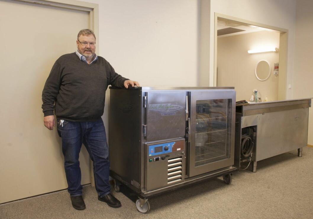 Ivar Christiansen, daglig leder i E. Christiansen AS, viser fram det nye Frisk Mat System. (Foto: Trond Erik Hillestad)