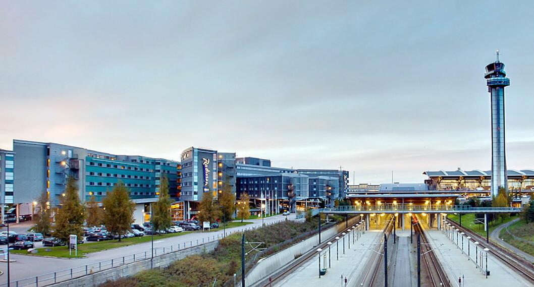 Radisson Blu Airport Hotel ligger like ved terminalen på Gardermoen. Nå har hotellet renovert konferanserom og fellesarealer. (Foto: Rezidor/Radisson Blu)