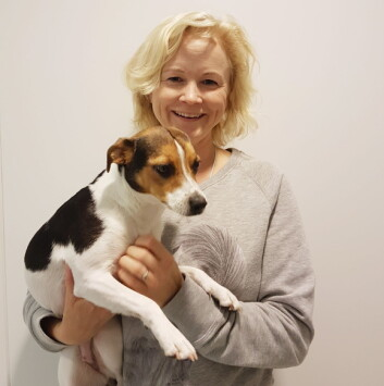 dyrepleier Merete Tvedt Låstad i AniCura Dyresykehuset.