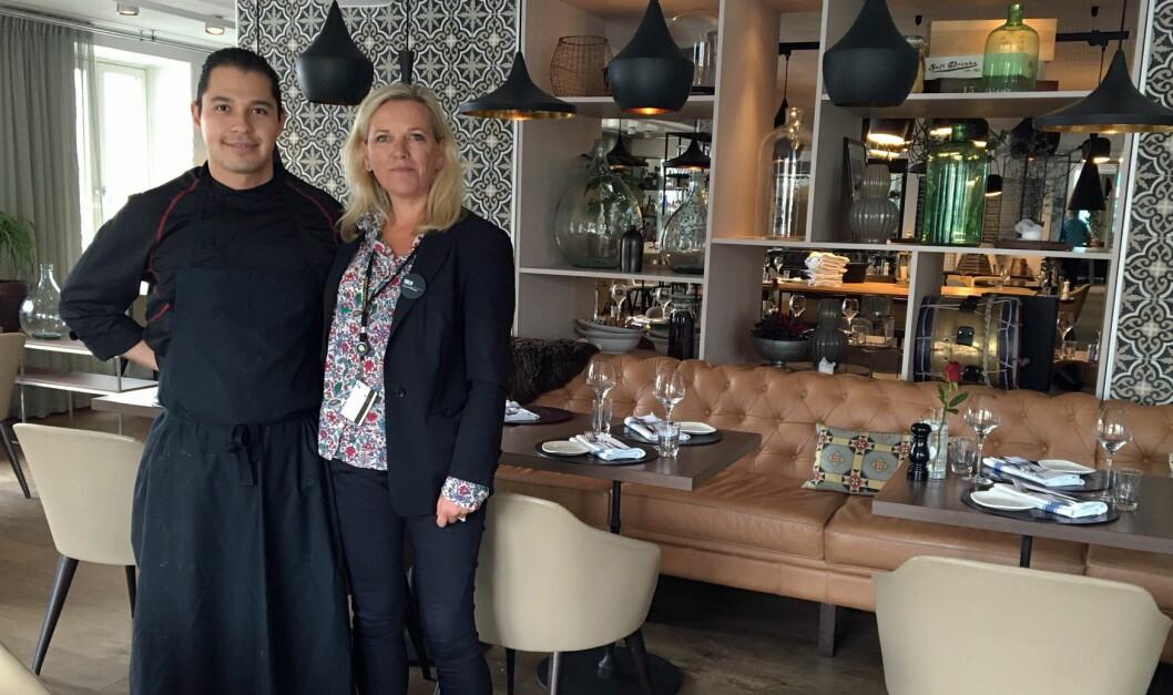 Edwin Rivas og hotelldirektør Sølvi Solmunde.
