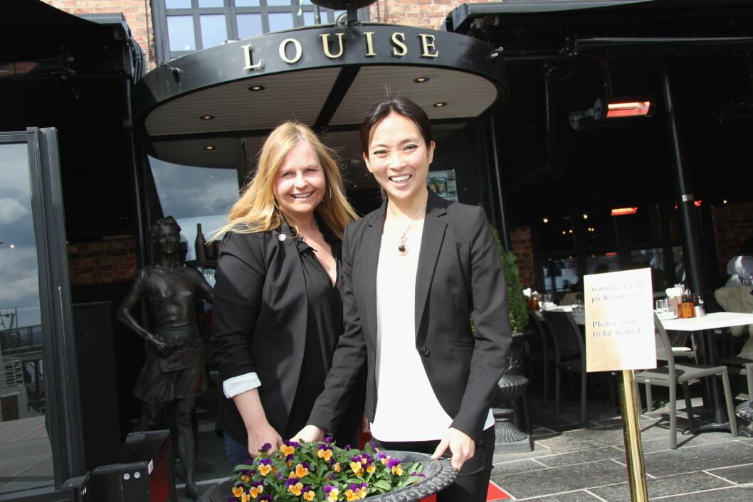 HR-ansvarlig Tove M Taalesen (til venstre) og administrerende direktør Helene Skjenneberg i Mat & Drikke AS. (Foto: Morten Holt)
