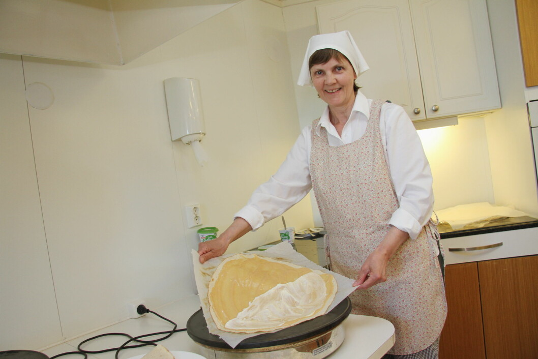 Anita Vik – hele Steigens Lefspia, men en fersk møsbrømlefse. (Foto: Morten Holt)