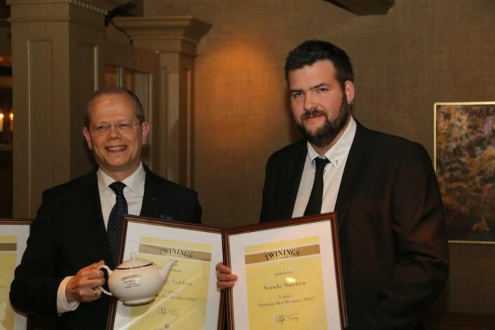 Hotelldirektør Kjetil Vassdal (til venstre) og Øyvind Tiller fra Scandic Nidelven på årets frokostkåring. (Foto: Kristian Røise Dahl)