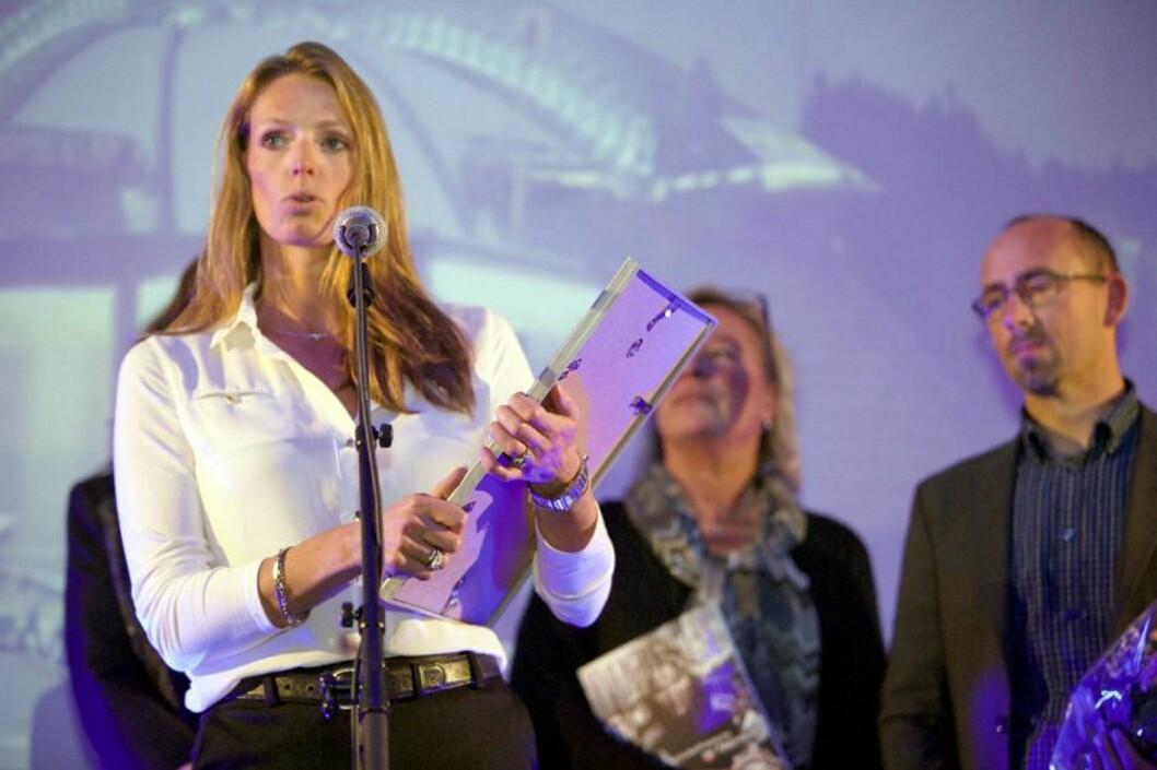 HSMAI-pris til Scandic Hotels og Tine Birkeland. (Foto: Heidi Dokter)