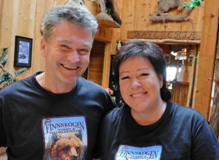 Inger Brith og Kjell Magne Nordvi har drevet Finnskogen Turist- og Villmarksenter i 23 år. (Foto: Finnskogen Turist- og Villmarksenter)