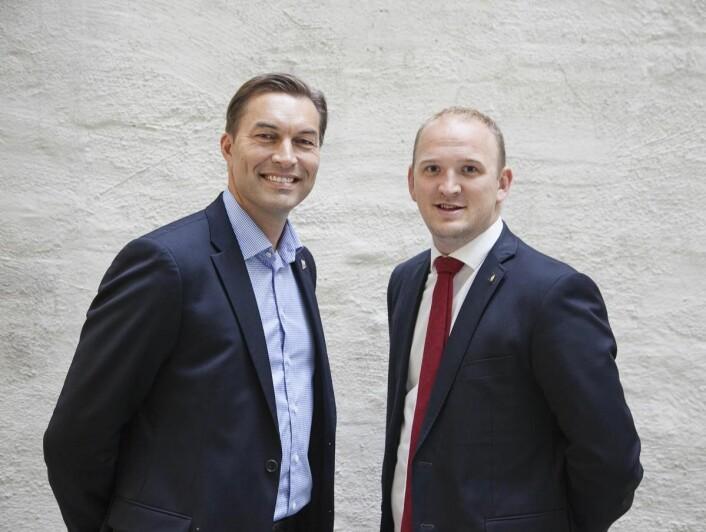<em>Administrerende direktør i Servicegrossistene, Jan van der Burg (til venstre) og landbruksminister Jon Georg Dale, jobber sammen i delegasjonen som skal styrke norsk lokalmatproduksjon.</em>