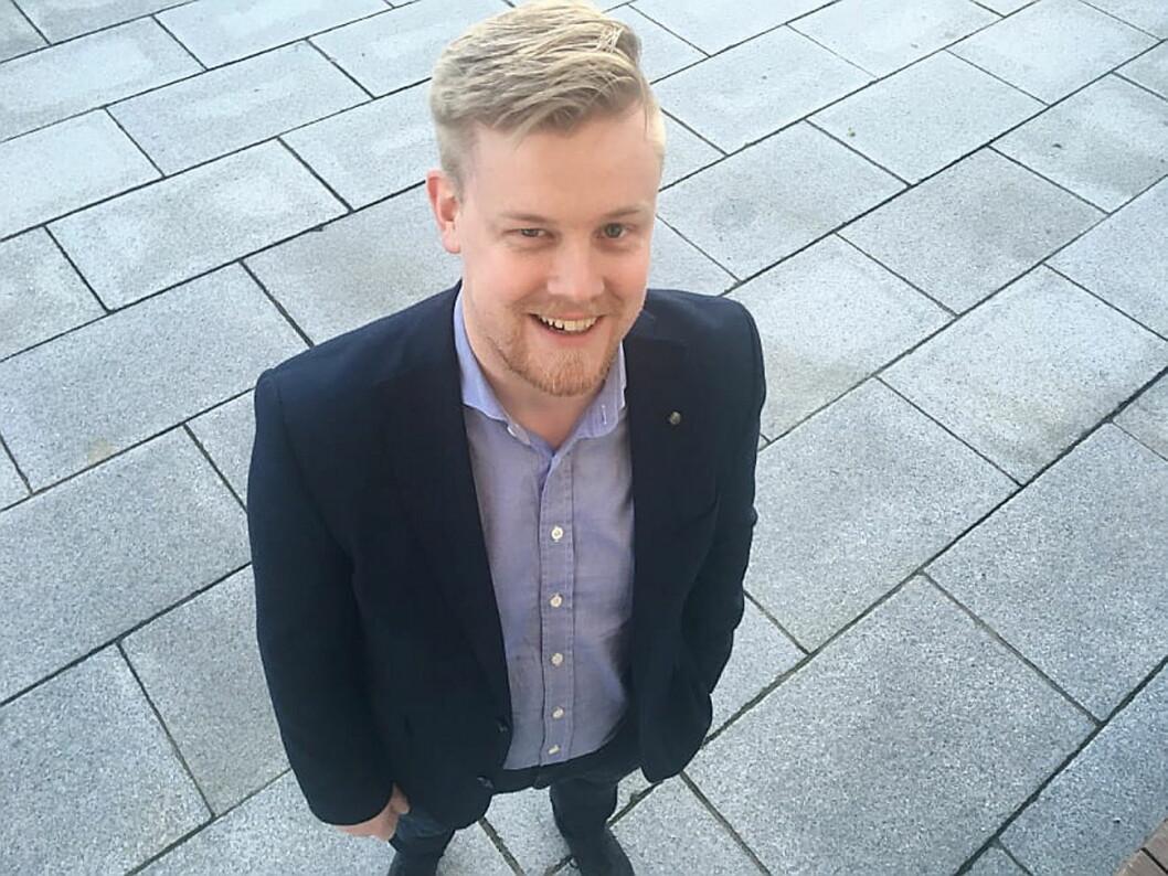 Erlend Fardal Lunde (28) er ny hotelldirektør på Comfort Hotel Bergen Airport. (Foto: Nordic Choice Hotels)
