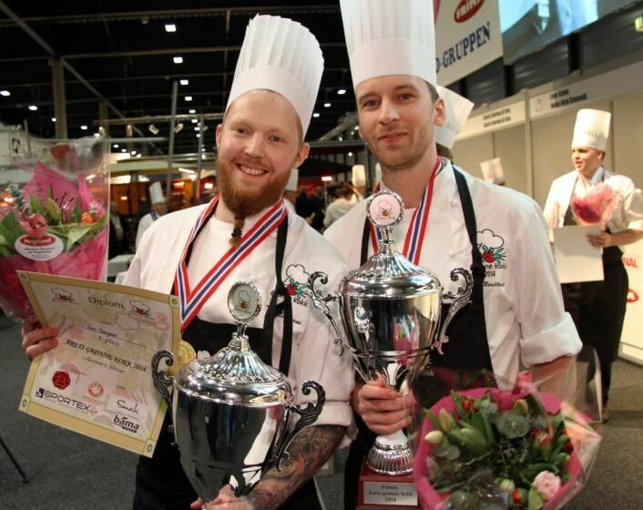 Tore Carlsson Sægrov (til venstre) og Are Nordtvedtvant «Årets grønne kokk 2014». (Foto: Morten Holt)