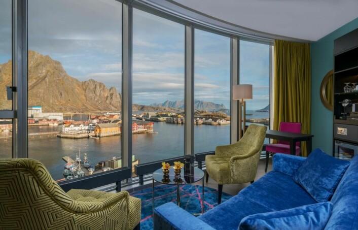 Utsikten fra ett av rommene på Thon Hotel Lofoten. (Foto: Thon Hotel Lofoten)