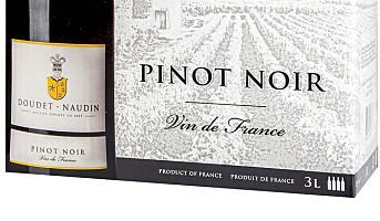 Doudet-Naudin Pinot Noir 2015 på boks