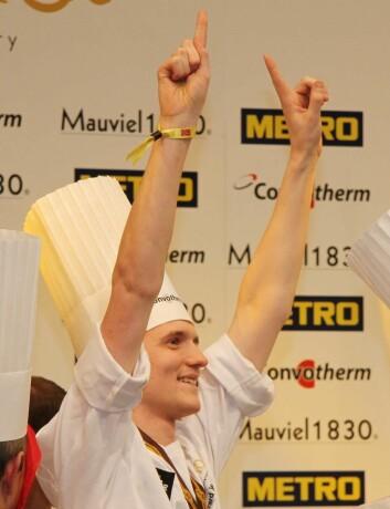 Commis Håvard Werkland kan virkelig være fornøyd med sin innsats i Bocuse d'Or. (Foto: Morten Holt)