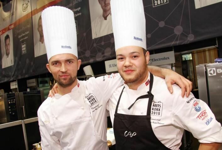 Christian A. Pettersen (til høyre) og Øyvind Bøe Dalelv, begge fra Bodø, endte på henholdsvis sølv- og bronseplass i Årets kokk 2015. Gyver de på nok en runde? (Foto: Morten Holt)