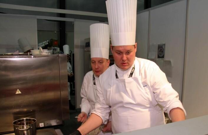 Finland, med blant andre Eero Vottonen (nærmest), som ble nummer seks i Bocuse d'Or i januar 2017, vant Nordic Chefs team Challenge på Smak i dag. (Foto: Morten Holt)