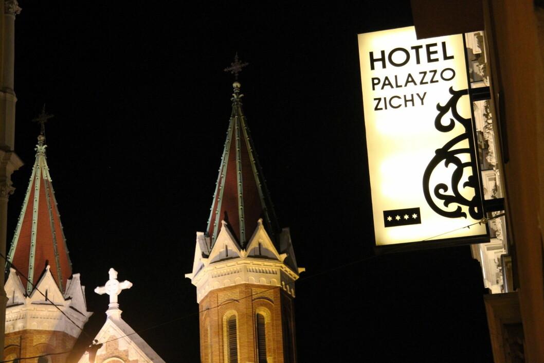 Palazzo Zichy ligger i det såkalte «Palace District» sentralt i Budapest. (Foto: Morten Holt)