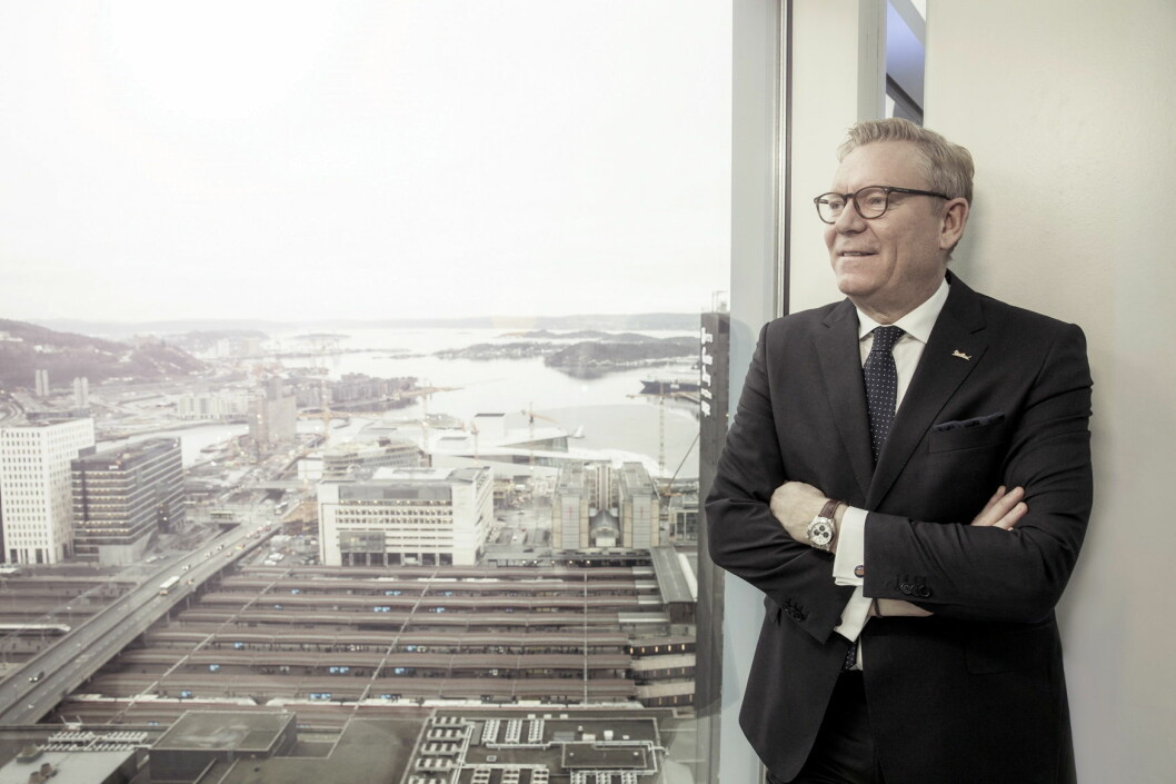 Hotelldirektør Tarje Hellebust i en av de øverste etasjene på Radisson Blu Plaza. (Foto: Rickard L. Eriksson)