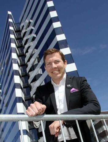 – Nordlysturismen i Nord-Norge har et enormt potensial, mener hotelldirektør på Clarion Hotel The Ege, Øyvind Alapnes. (Foto: Morten Holt)