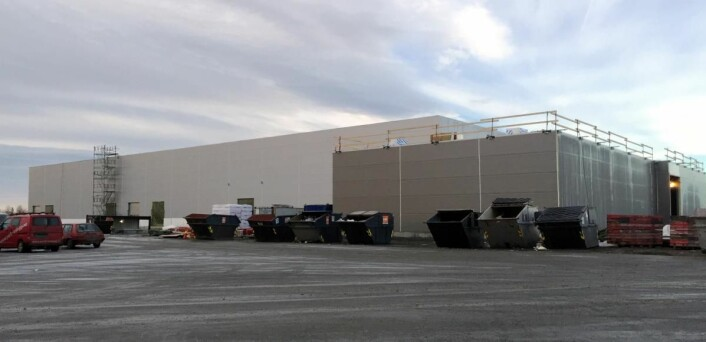 Alnas nye hovedkontor og produksjonslokale på Vestby tar form. Planen er innvielse i mai/juni 2017. (Foto: Alna)