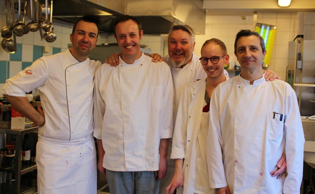 Tine-konditor Bernhard Azinger (fra venstre), kjøkkensjef Øystein Waaler, TINE-kokk Pål Jetmundsen, assisterende kjøkkensjef Tor-Arne Kolstad og kokk Kosta Petrovic. (Foto: Janne Sandvik)