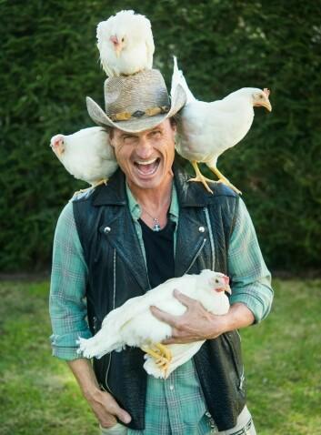 – Vi skal gi høne til folket! sier Petter A. Stordalen. (Foto: Espen Hofsmo)