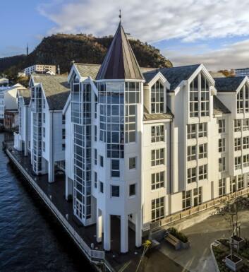 Radisson Blu Hotel ligger midt i Ålesund ligger – med utsikt mot havet.
