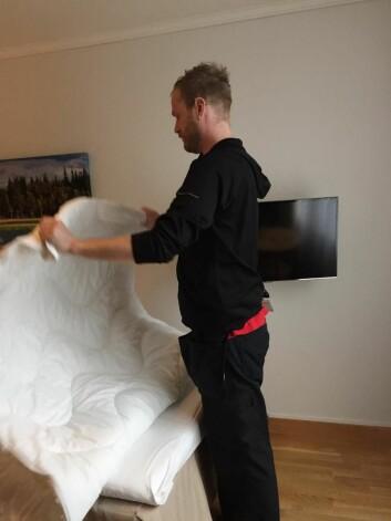 Jan Ketil Kristiansen fikk livet tilbake med jobb som renholder ved Scandic Hell i Stjørdal. (Foto: Karin Jegtvik, Fides)